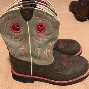 Ariat Fat Baby cowgirl boots big kid size 4